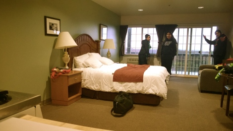 This place was a lot more roomier than I expected. One bed, but all we needed was ONE ROOF. Or a tent. I can deal….