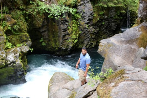 Toketee Falls trail